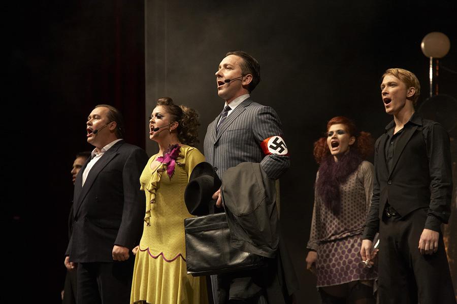Александр Маракулин. Фото: http://alexandrmarakulin.narod.ru/cabaret.htm